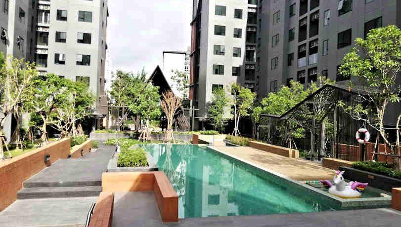 the escent condo pool area-2