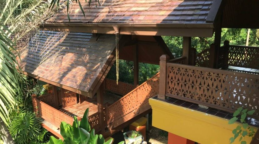 Lanna thai style house for rent exterior-1