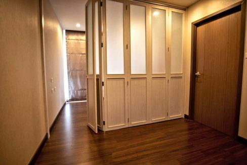 3 storey house for rent in rochalia 16