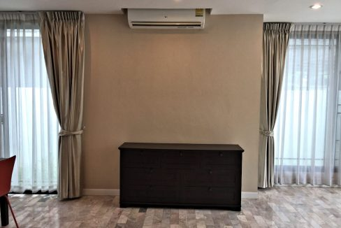 3 bedroom house for sale at 142 Pillow 18