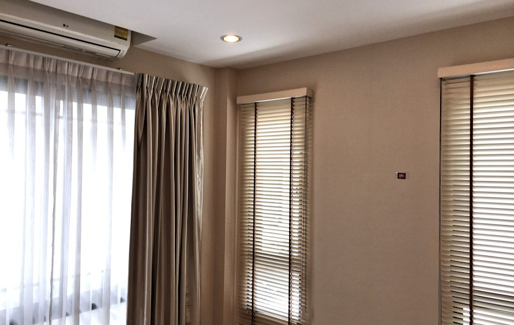 3 bedroom house for sale at 142 Pillow 8