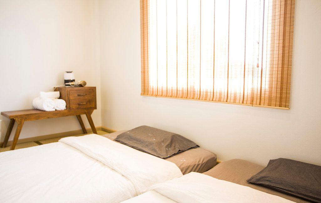 3 bedroom house sale rent monotown 16