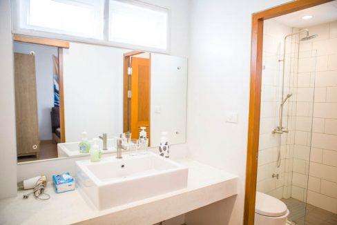 3 bedroom house sale rent monotown 9