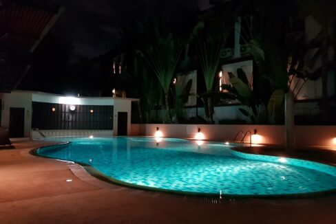 Big 1 bedroom condo for rent at Punna Nimman