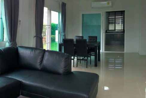 two storey house for rent in mae hia 7