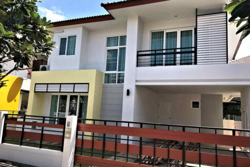 3 Bedroom house for rent at Urbana 1