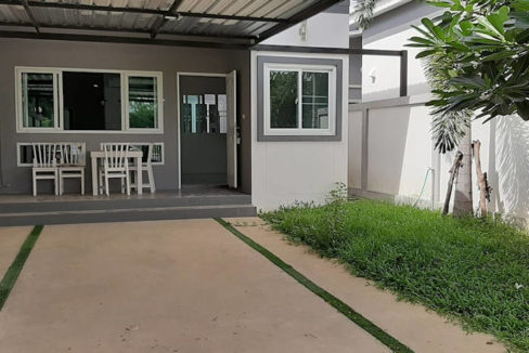 House for rent near canal road 13