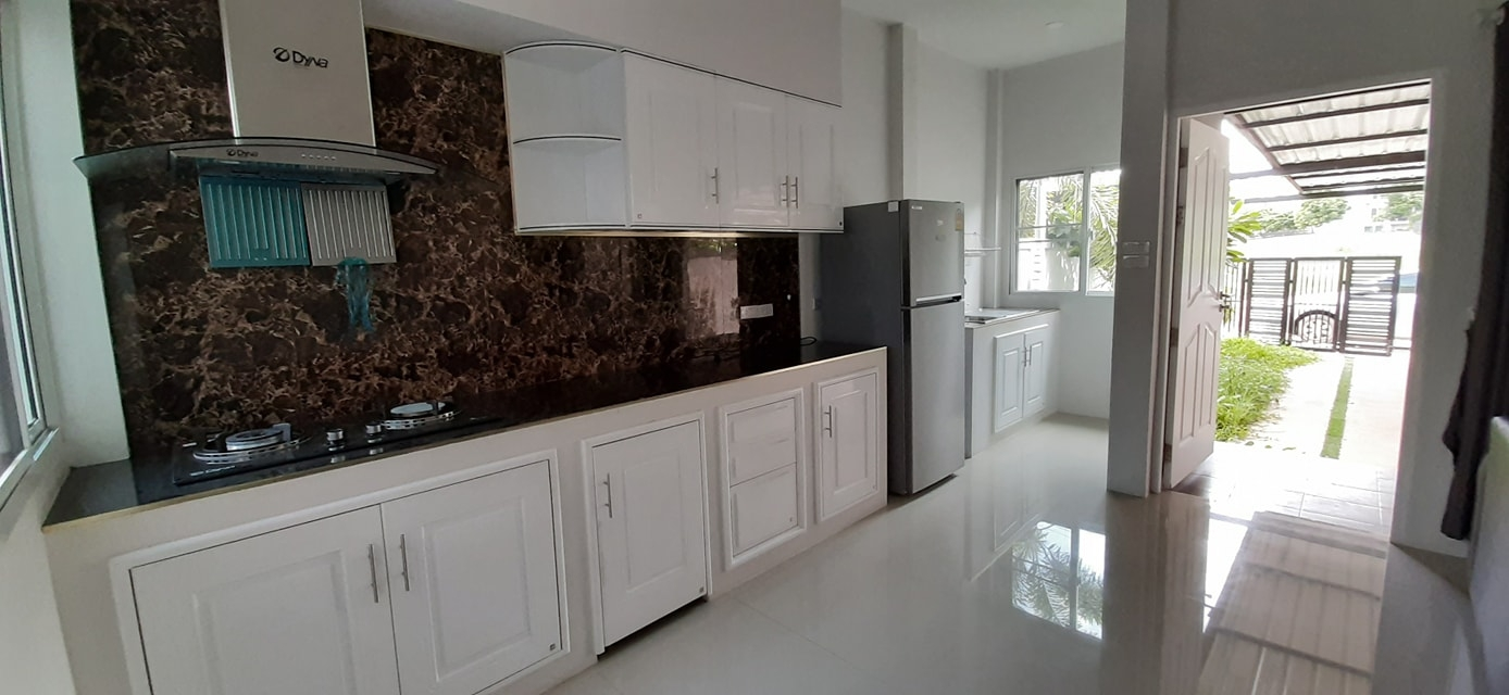 Modern and newly build 2 bedroom house for rent