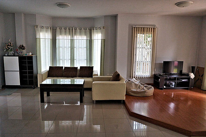 3 bedroom house for rent in nong kwai area 10