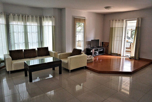 3 bedroom house for rent in nong kwai area 11