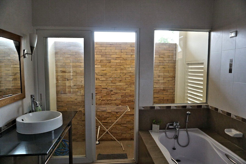 3 bedroom house for rent in nong kwai area 15