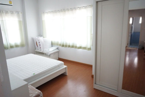 3 bedroom house for rent in nong kwai area 5