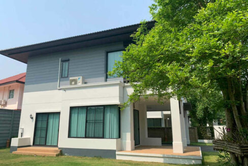 Three Bedrom House For Sale And Rent In Setthasiri
