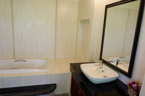 3 bedroom house for sale in nong kwai chiang mai 23