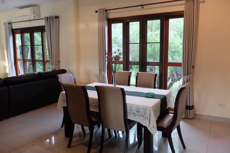 4 bedroom house for rent Sanpapao 8