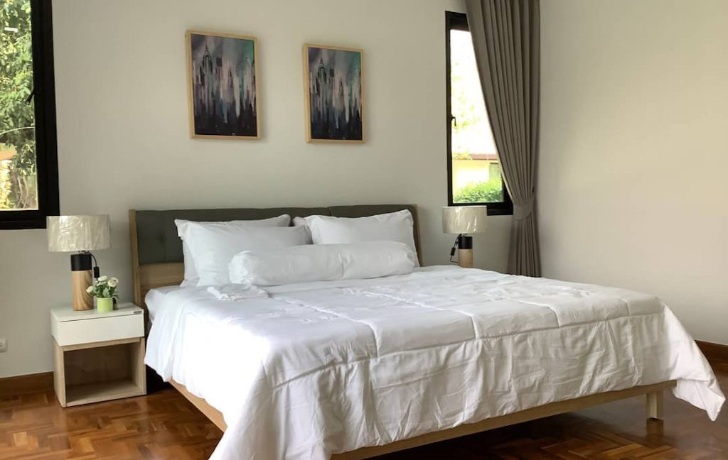 4 bedroom luxury pool house for sale chiang mai 19
