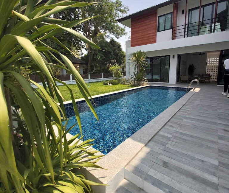 4 bedroom luxury pool house for sale chiang mai 2