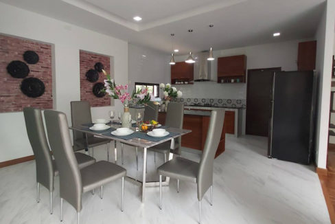 4 bedroom luxury pool house for sale chiang mai 9