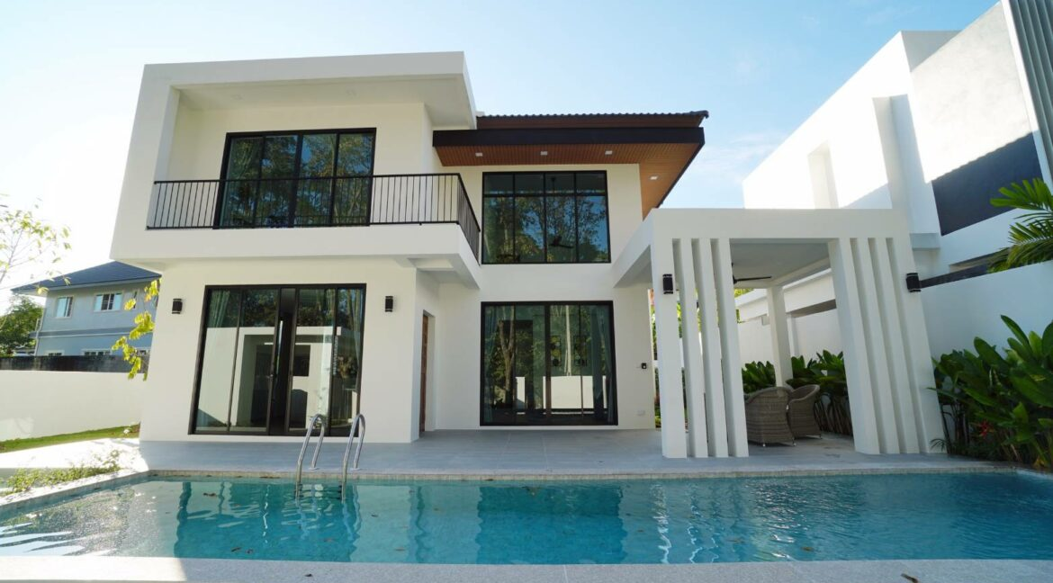 4 bedroom modern house for sale chiang mai 1