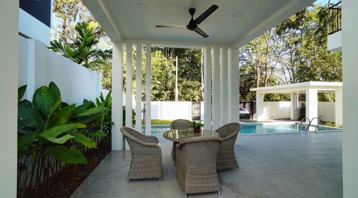 4 bedroom modern house for sale chiang mai 2