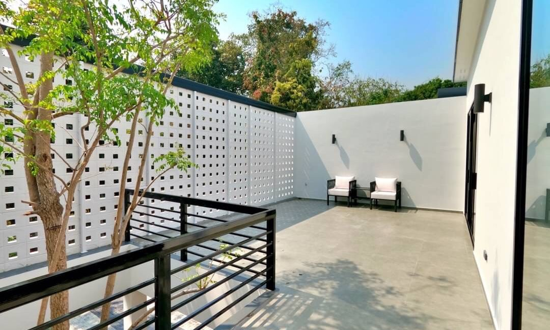 brand new pool villa for sale in chiang mai 16