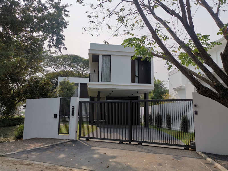 luxury pool villa for sale in hang dong chiang mai 1