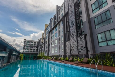 Two bedroom condo for rent at the treasure