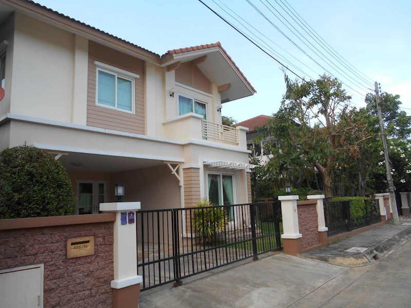 vararom khewnawarat house for rent 1