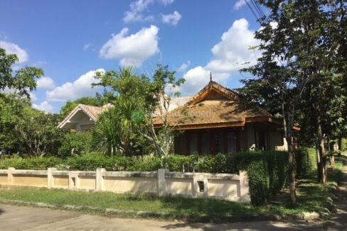 Single storey house for sale in Hang Dong