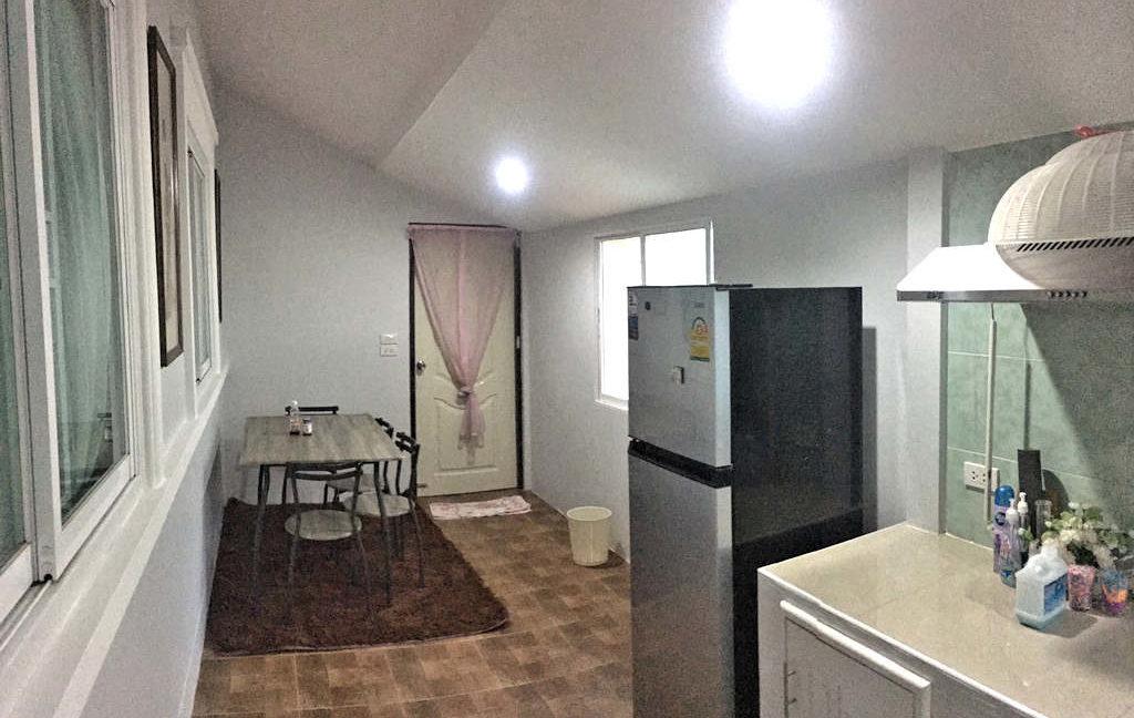 2 bedroom house for sale rent san kamphaeng 5