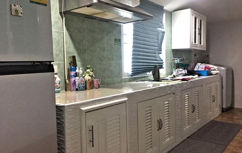 2 bedroom house for sale rent san kamphaeng 6
