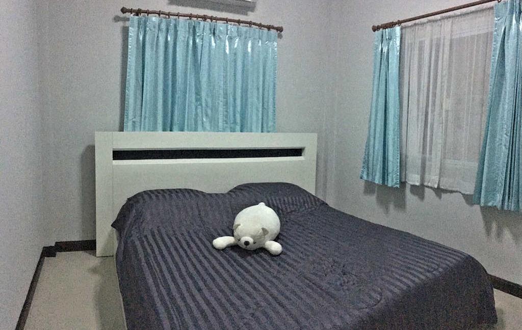 2 bedroom house for sale rent san kamphaeng 9