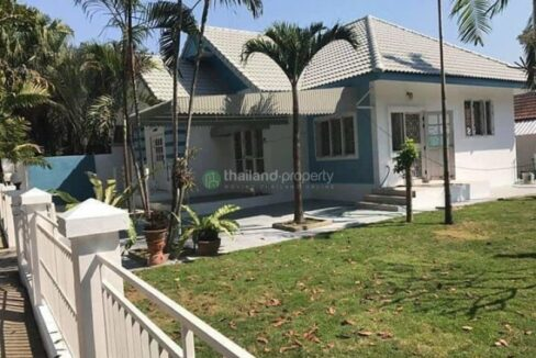 Three bedroom house for rent and sale in Koolpunt Ville 9