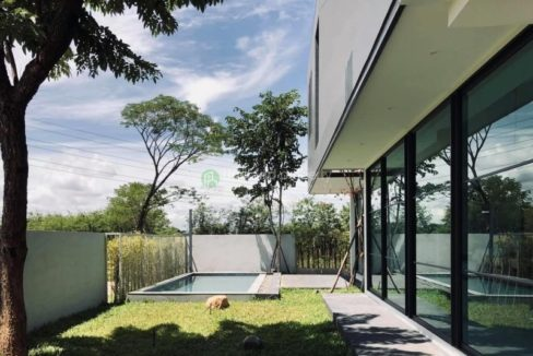 3-bedroom-pool-house-for-sale-in-chiang mai-1