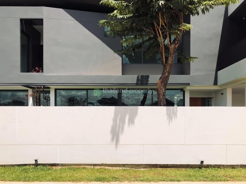 3-bedroom-pool-house-for-sale-in-chiang mai-3