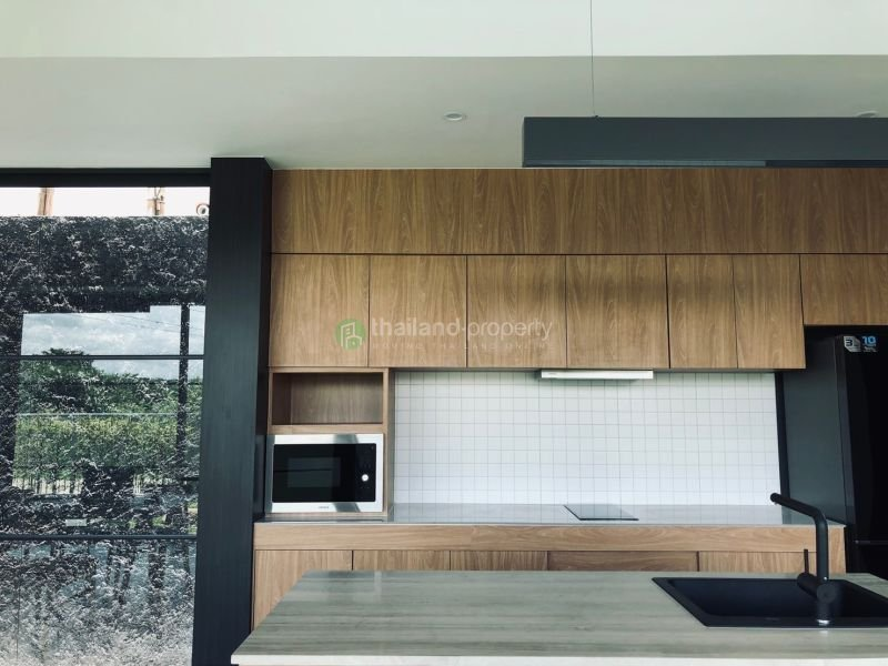 3-bedroom-pool-house-for-sale-in-chiang mai-8