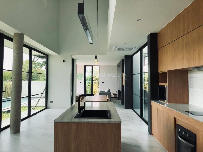 3-bedroom-pool-house-for-sale-in-chiang mai-9