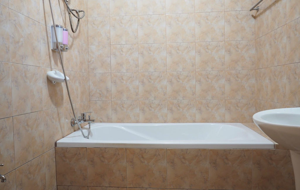 5 bedroom pool villa for rent faham 16