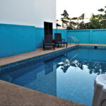 Five bedroom house with private swimming pool for rent