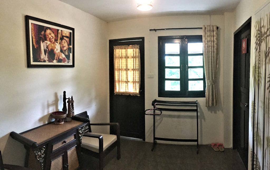8 bedroom guest house for rent in chiang mai 10