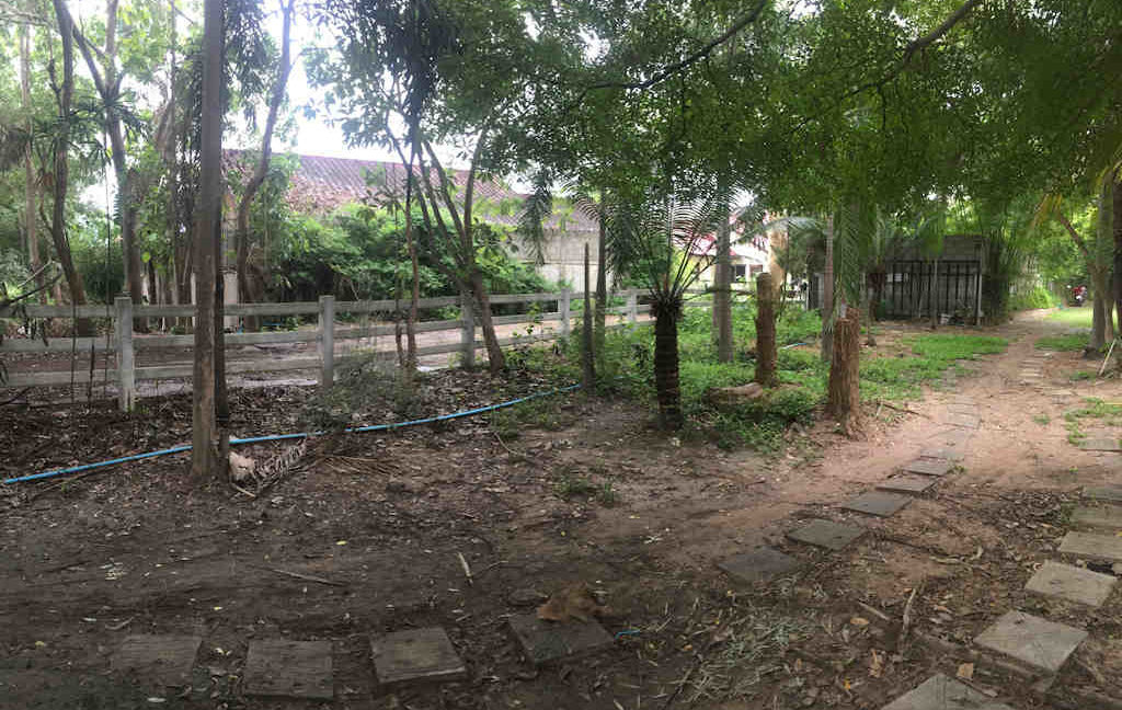 8 bedroom guest house for rent in chiang mai 20