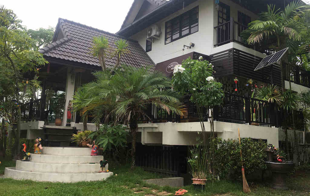 8 bedroom guest house for rent in chiang mai 25