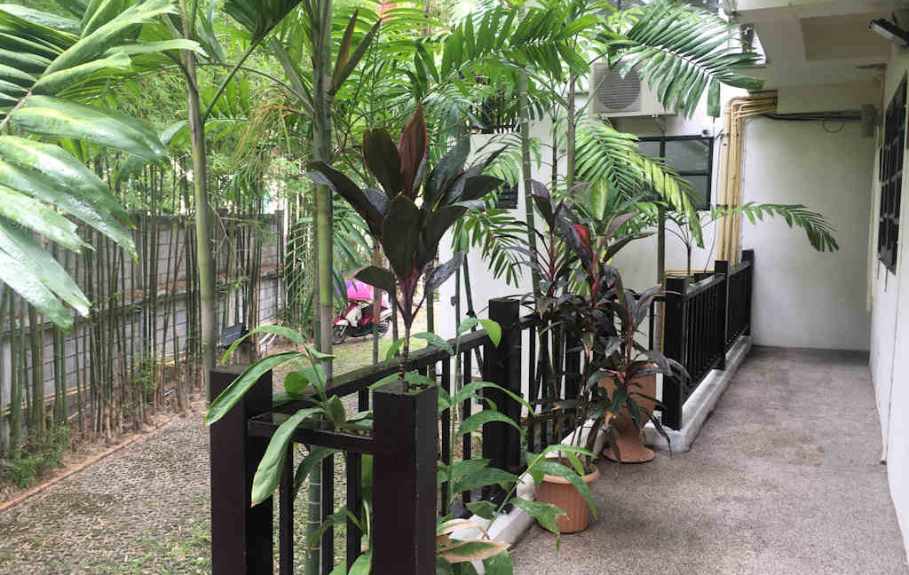 8 bedroom guest house for rent in chiang mai 26