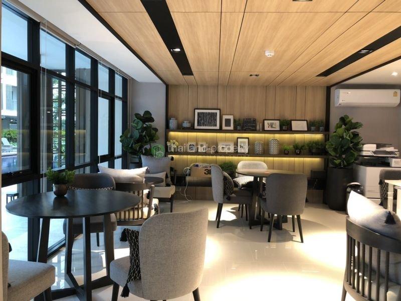 Studio for rent at D condo Rin 18