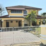 Large four bedroom house for rent in Lake View Park