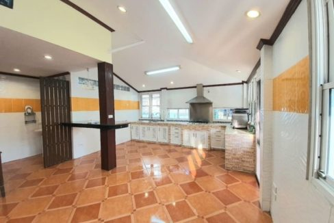 4 bedroom house for rent in lake view park chiang mai 15