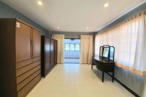 4 bedroom house for rent in lake view park chiang mai 22