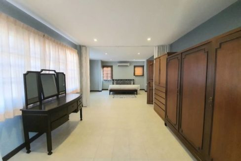 4 bedroom house for rent in lake view park chiang mai 23