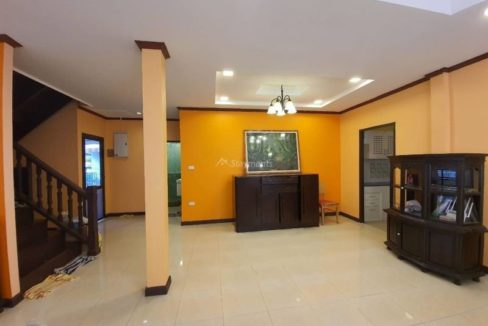 4 bedroom house for rent in lake view park chiang mai 9