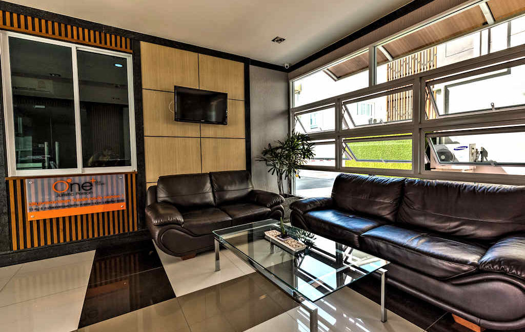 one bedroom condo for sale oneplus chiang mai 1